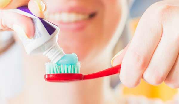 tandkräm med fluor