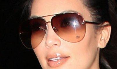 kim kardashian-pilotsolglasögon.jpg