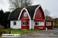/horsaback-1-18t.jpg
