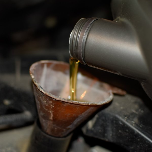 Använd rengörande olja vid oljebyte