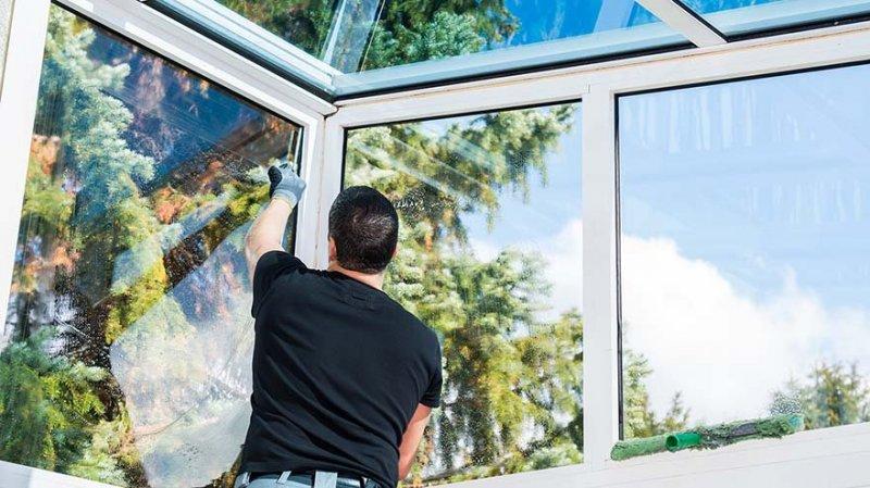 När du anlitar oss följer vi din vision för ditt fönsterbyte eller uterum i Kungälv medan vi guidar dig genom hela arbetet.