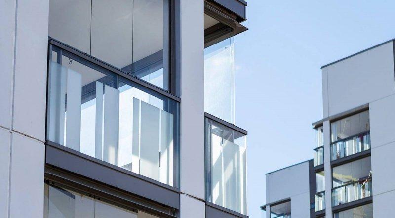 Uterum i Uppsala i form av inglasade balkonger.
