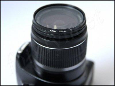 UV-filter monterat på Canon EF-S 18-55