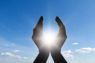 /healing-hands.jpg