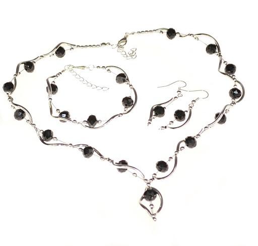/handgjorda-smycken-26.png
